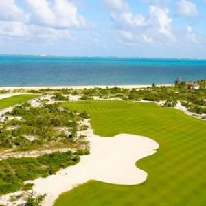 Mujeres Golf Cancun