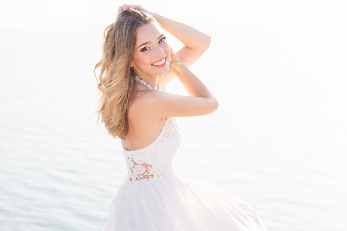 c2958f30e6 How to Choose the Perfect Beach Wedding Dress | Cancun Blog
