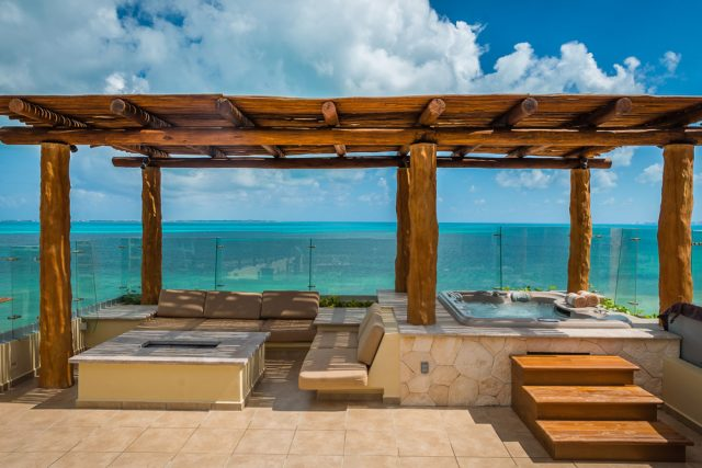 Luxury Suites - Villa del Palmar Cancun