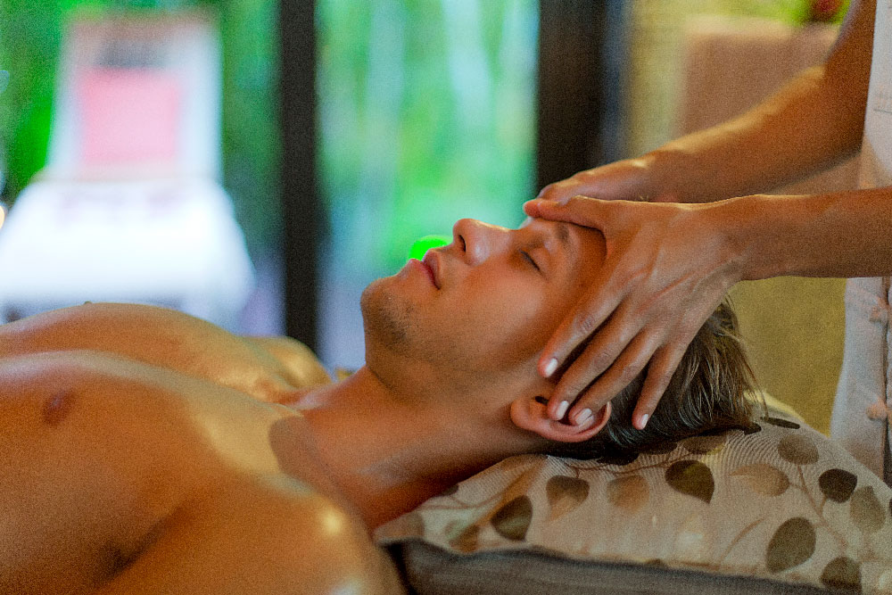 Pure Relaxation and Pampering for Dads