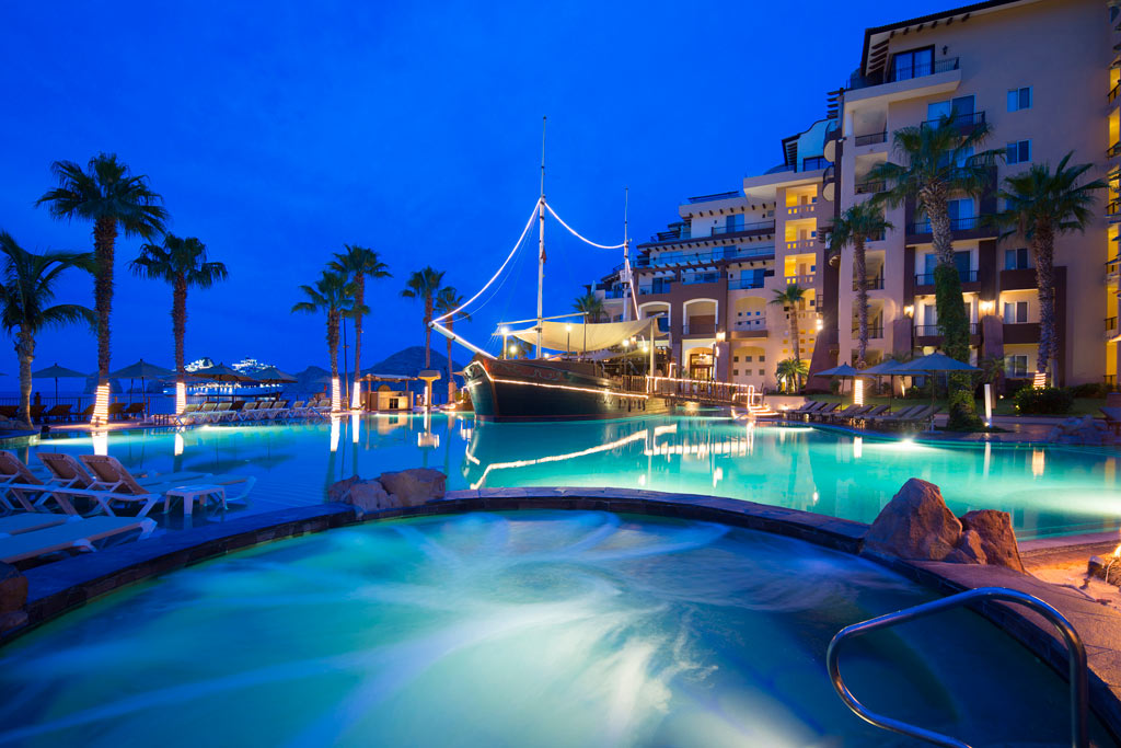 Best hotels in mexico for honeymoon vacations for Best honeymoon resorts in cabo san lucas