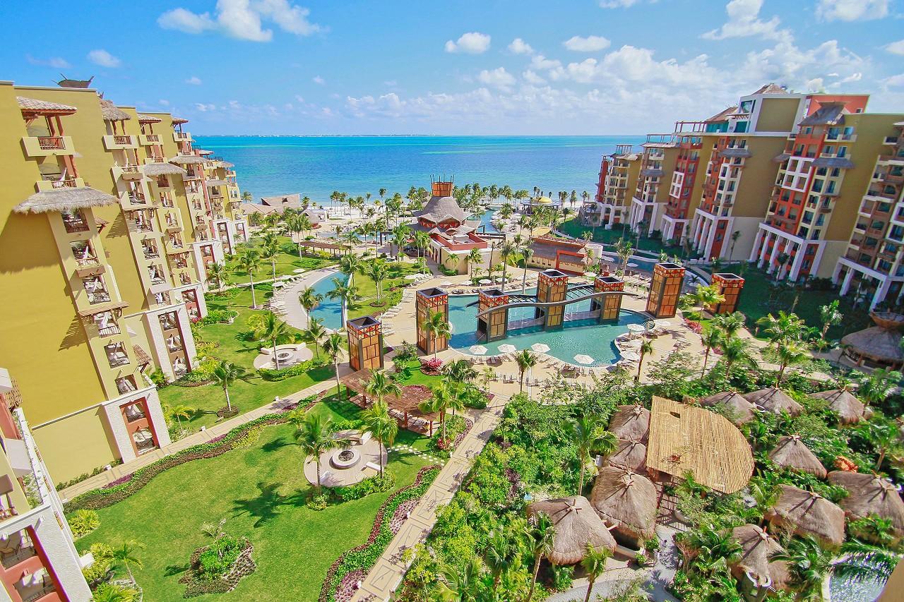 villa del palmar travel review