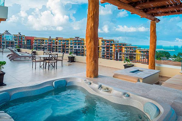 Three Bedroom Penthouse Villa del Palmar Cancun